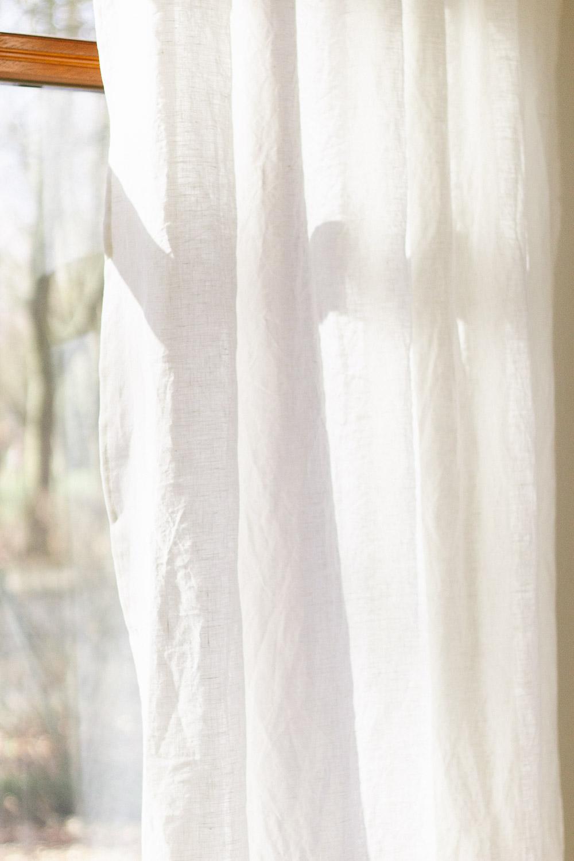 Leinenvorhänge im Wohnzimmer
