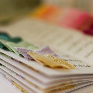Farbmusterkarte Leinenstoffe